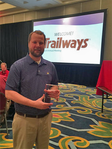 Distinctive Systems wins Trailways Support Award